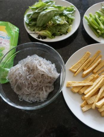 low FODMAP foods - Fresh Summer Spring Rolls