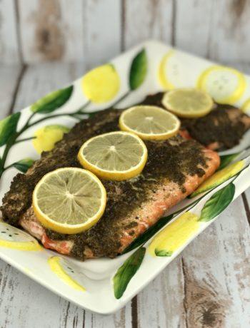 FODMAP Meal Plan - Pesto Baked Salmon