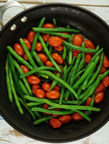 FODMAP vegetables - Sautéed Green Beans & Burst Tomatoes