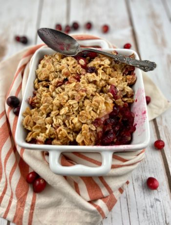 low FODMAP dessert - cranberry orange crisp
